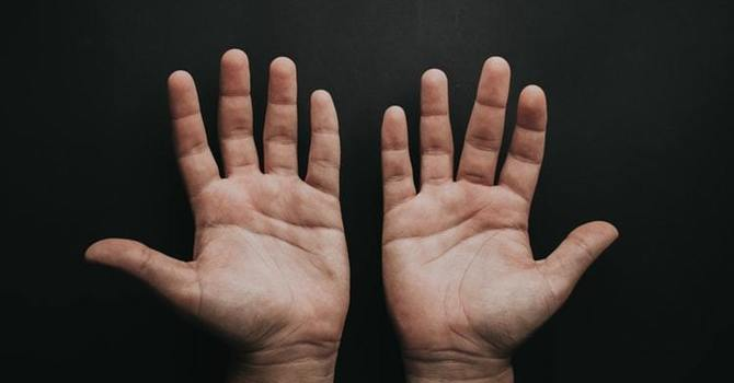 De Quervain's Tenosynovitis: Do You Have This Wrist Pain? image